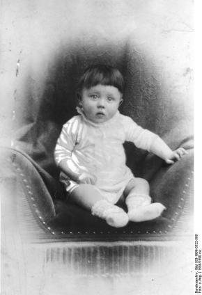 Hitler, de baby.