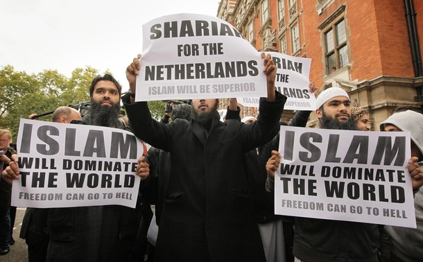 sharia-for-netherlands1.jpg