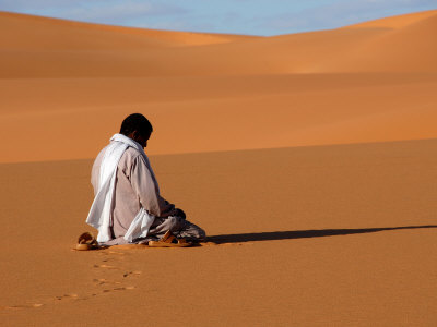 praying in the desert 2